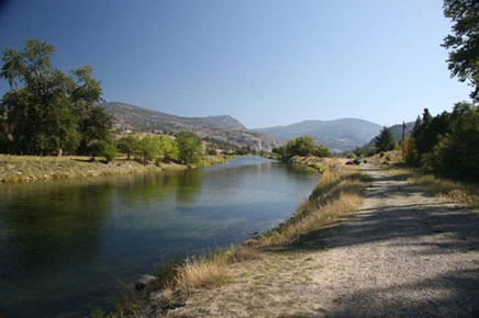 Photo of the Okanagan River south of Okanagan Falls, British Columbia.